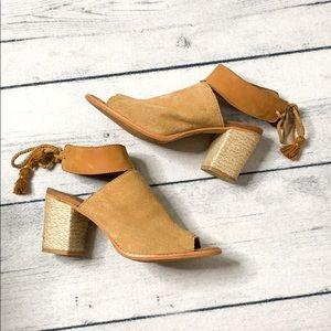Toms   Womans shoes   EUC